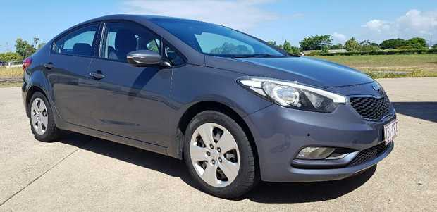 '15, econ. 1.8L 4cyl, 6sp auto, Bluetooth,
