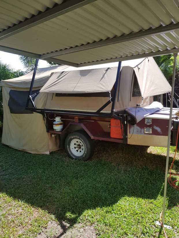 Large Size. Soft Floor Water Tanks and pump. Electrics.   Trege Hitch. Electric...