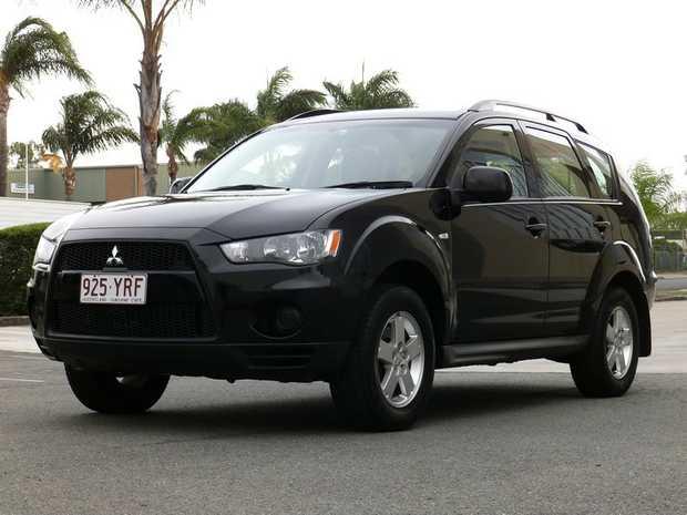 ZH LS,   2011,   5 Door Auto Wagon in Excellent Condition,   148Klm,   RWC...