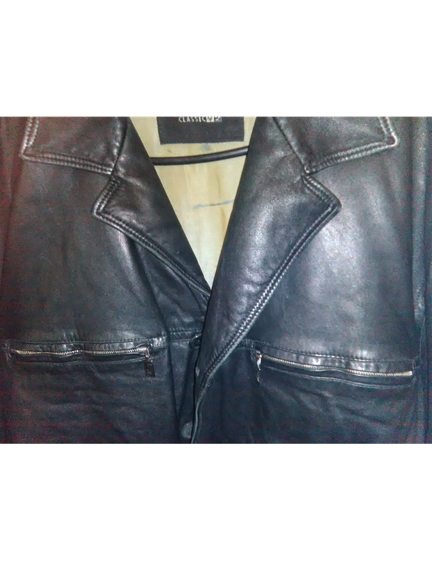 Large Versace Classic V2 Leather Jacket. This jacket has only been worn acouple of times was given as a...