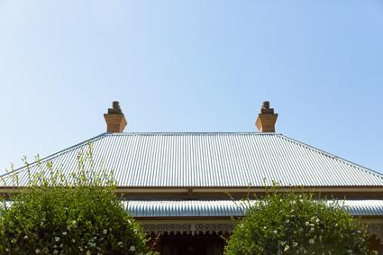 Local Tradsman - Roof Repaints - Free Quotes   QBCC #1113143