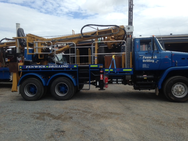 Proline Borer attached to 1984 Nissan Truck Diesel, 6x6 wheel drive, 250,000 kms, excellent tyres...