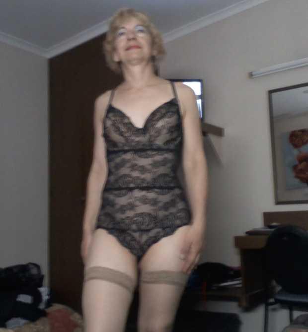 IRISH ERIN     Mature Blonde  Playful  Tantalizing  Kisses & Toys   KANGAROO POINT...