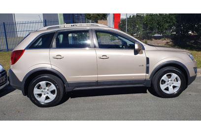 2011 Holden Captiva,   seats 5,   manual, petrol, tow bar, air,   160000ks,   registered...