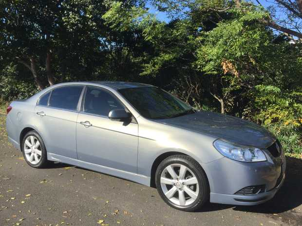 CDXi Auto sedan 6cyl. 2.5L petrol. 165,000 kms.