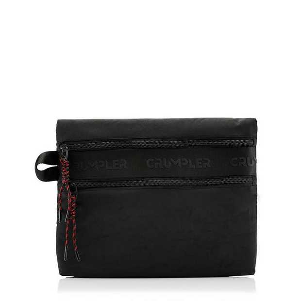 Perfect for those who pack light, The Stride clutch is a grab-and-go organiser designed to make your...