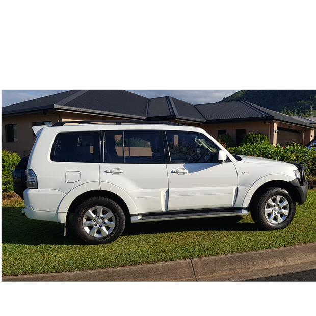 Much loved Pajero. One lady owner. Purchased new in April 2013. Log book.  Regularly...