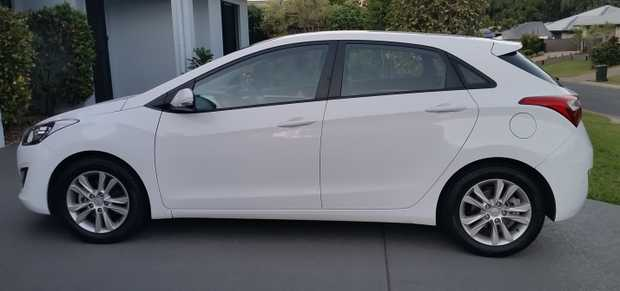 HYUNDAI i30 TROPHY 2014  