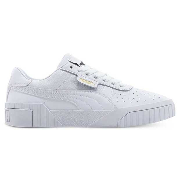 Born from PUMA's Futro design approach where future and retro silhouettes collide is an updated...