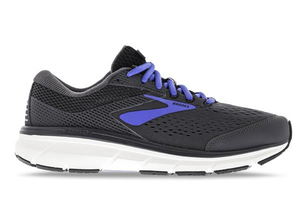 The Dyad 10 neutral running shoe is designed with the fit and stability to compliment orthotics...