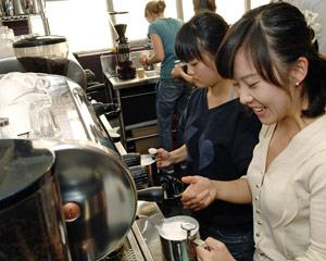 Learn how to texture milk and make latte art like a pro in this hands-on barista course. Taught by...