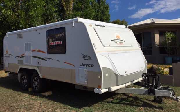 Mount Louisa Townsville   sleeps 2, 150L fridge, Heron 3.0 reverse A/C, shower/toilet,   roll...