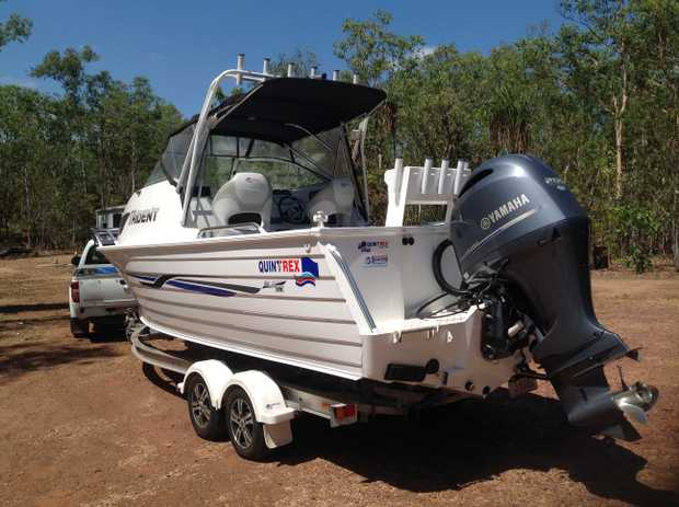 Quintrex 6.5 metre Trident   200 hp Yamaha with only 250 hrs,   LR fuel tanks, winch, fresh water...