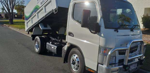 515 Fuso Mitsubishi 2015  