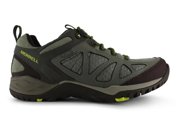 The Merrell Womens Siren Sport Q2 is suitable for those looking for a light and comfortable...