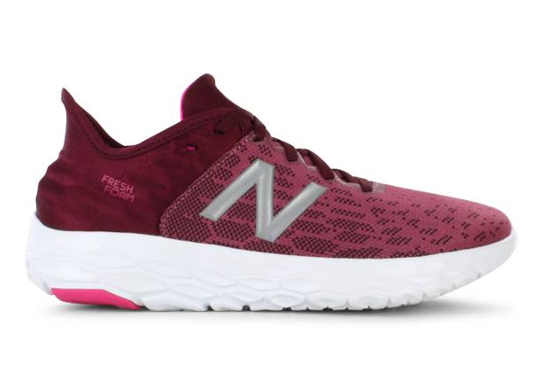 The New Balance Fresh Foam Beacon v2 delivers a incredibly cushioned ride in an ultra lightweight...