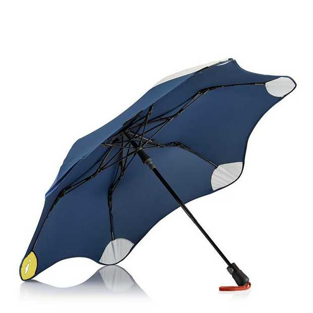 Blunt & Crumpler teamed up to create an umbrella with ultimate protection & comfort. It's a big...