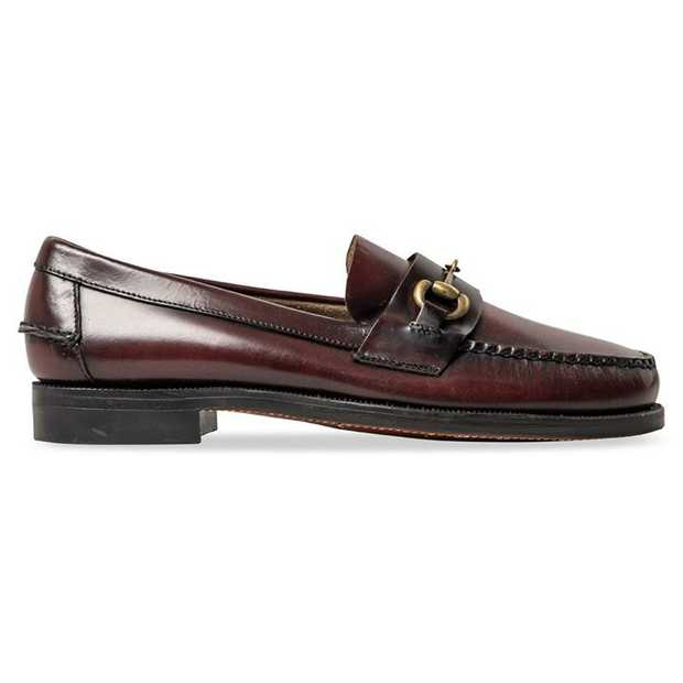In tribute of one of Sebago's founding fathers, the Classic Joe is the company's take on classic...