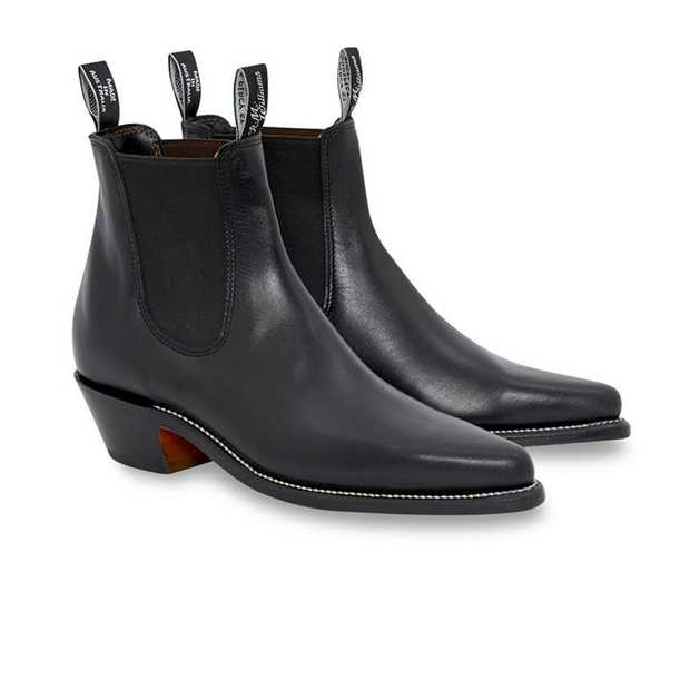 We're currently offering FREE RETURNS on R.M.Williams Boot purchases. Click here for more info.  Hype...