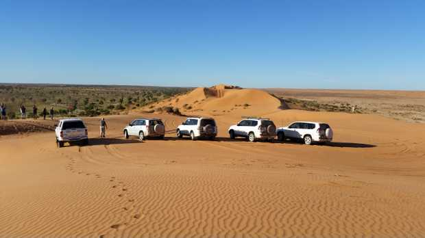 TRAVEL WEST OUTBACK TOURS 4WD MOTEL ACCOMMODATED TAG ALONG TOURS   BIRDSVILLE – INNAMINCKA...