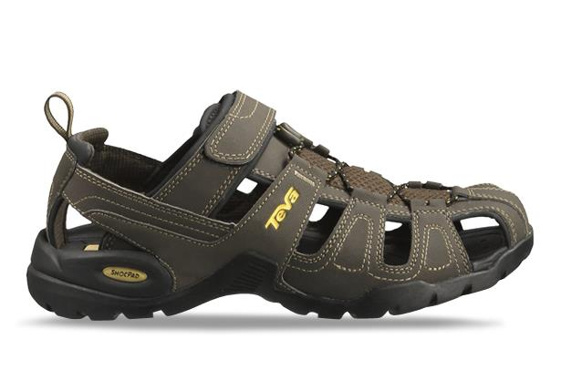 Ready to explore roaming trails or get your feet wet in the rivers , Teva's Forebay closed toe sandal...