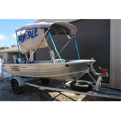 STACER 3.7 TINNY     15hp Yamaha Out Board   Very Good trailer  swivel seats  nav lights  pair...