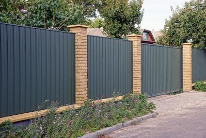 Northside Fencing    - Colorbond Fencing   - Picket Fences & Gates   - Timber...