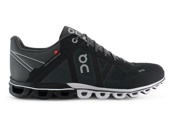 The On Cloudflow provides supreme cushioning in a lightweight and ultra-responsive package