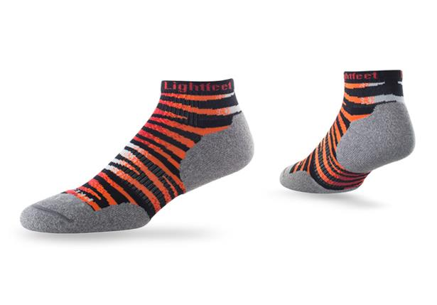 The Predator Mini Crew sock is suitable for  runners who want to protect their feet from friction...