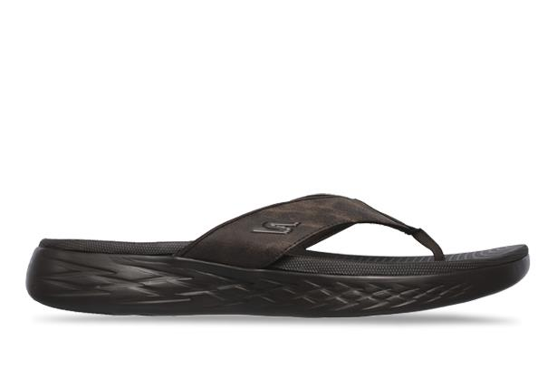 The men's On-the-Go sandal incorporates a leather-look fabric upper for a sporty yet casual 3 point...