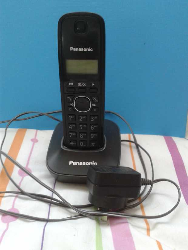 Panasonic cordless phone, good condition.