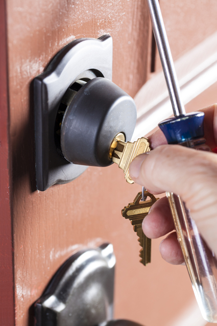 DRAGON LOCKSMITHS    Fully licenced and qualified tradesman.   Comprehensive mobile...