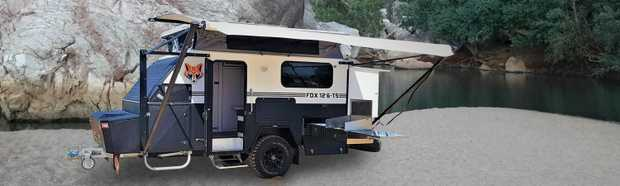 SUV Pop-Top FOX   12.6 Off-Road, 2 spare tyres 3 x Battey, Rollout Awning   3rd Bunk 300 watt...