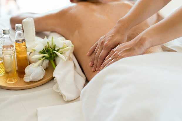 SOFT GENTLE Relaxation Massage    Monday to Saturday  9.30am - 6:30pm.   Easy Parking.
