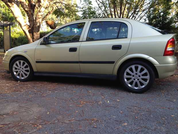 2005 4 CYL MANUAL LEATHER SEATS MOTOR 165000K NEW TIMING BELT WATER PUMP OIL AND FILTER REGO TO APRIL...