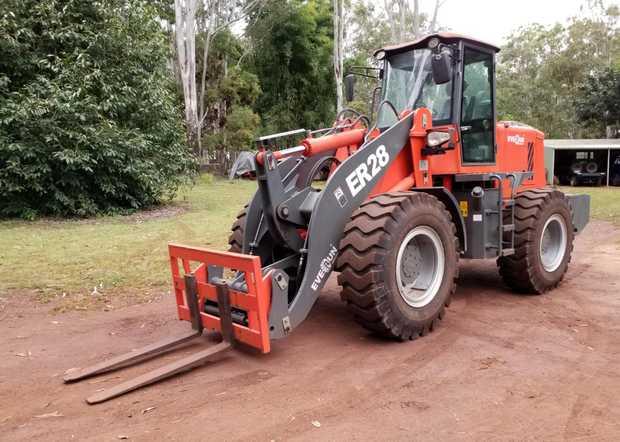 2018 EVERUN ER28 Wheel Loader    109 hrs, 2800kg lift capacity, 8000kg operating weight, 4400mm lift...