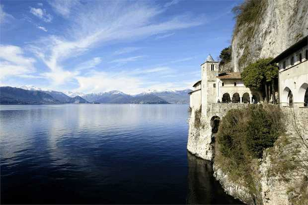 Lose yourself in a trio of pre-Alpine lakes on this cycling adventure that combines riding with...