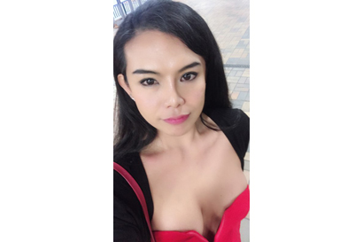 New in town  Busty ex model looks