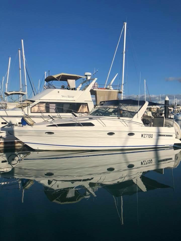 Reef Boat Mustang