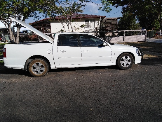 Holden crewman dual cab very good condition is 3.6lt 6 speed manual, has 201000lkm. Has tow bar, bull...