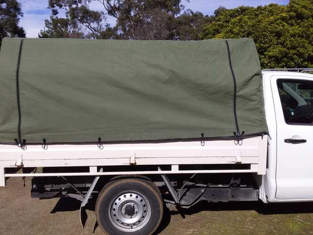 Ute Canopy Canvas on Steel 233x176x112