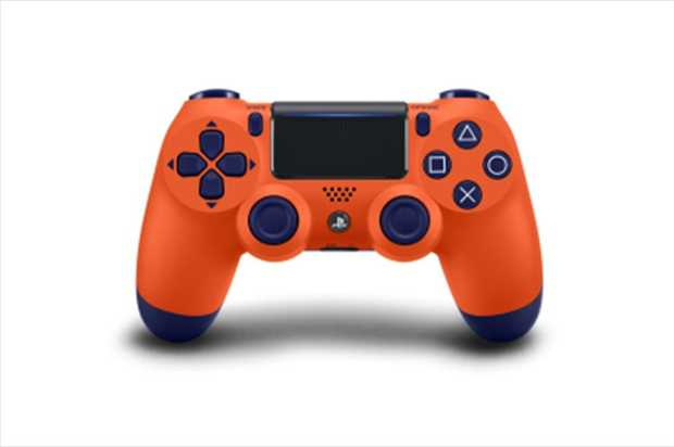 Dualshock 4 Controller Sunset OrangeThe Dualshock 4 controller offers gamers completely new ways to...