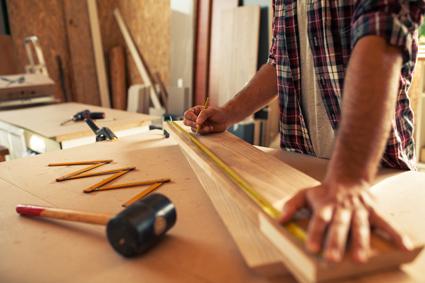 Carpenter/Builder   Lic : 43503 All House & Garden Maintenance.