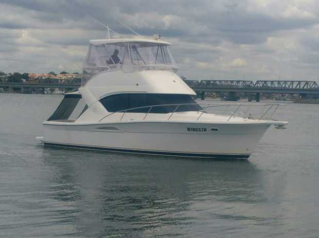 Riviera 3350 Flybridge 2001.