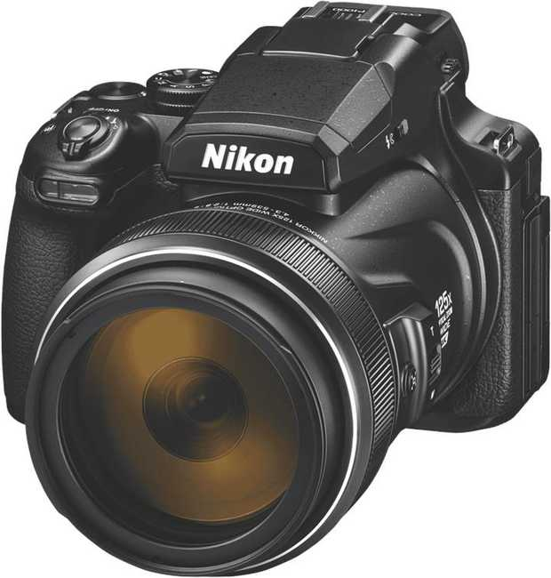 This Nikon Coolpix camera's 125x optical zoom enables you to take a close-up even from the back row. It...