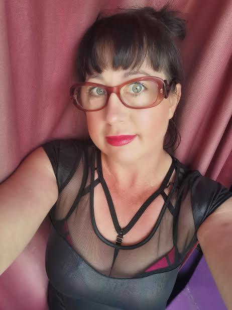 AUSSIE EMILY   Multi Talented Massages   Wicked Wrestling Wild Naughty Fun CBD   0455...