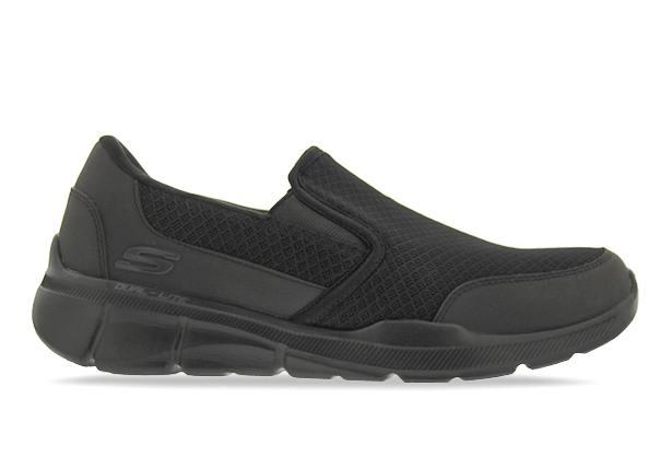 The Skechers Equalizer 3.0 combines sporty style with supreme comfort. Manufactured with a breathable...