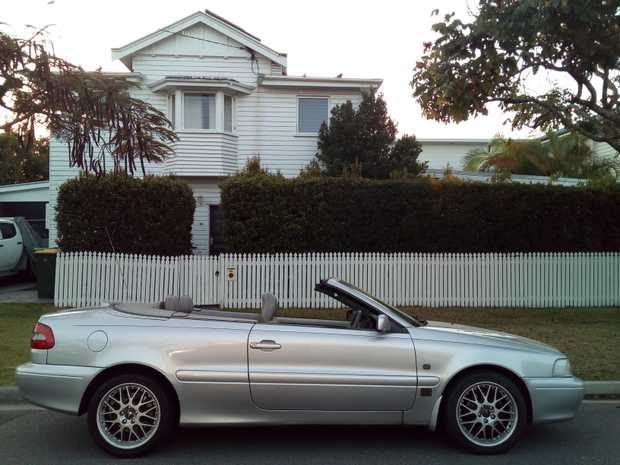 VOLVO C70 Convertable No. 6  