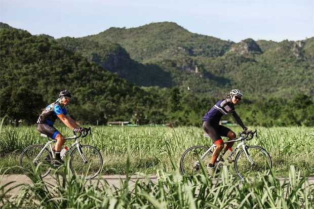 Explore Thailand's diverse scenery as you cycle 100 kilometers (62 miles) on an incredible 1-day...