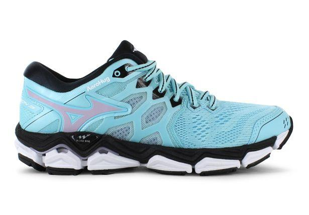 The Mizuno Wave Horizon 3 running shoes are the most cushioned and supportive shoe in the Mizuno range...